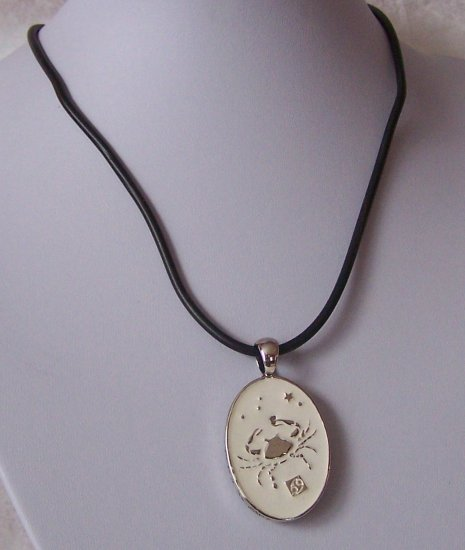 REVERSIBLE ZODIAC CANCER BLACK CORD CRAB HOROSCOPE NECKLACE