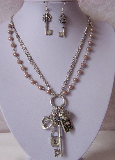 Multistrand Pearl Key Lock Heart Love Necklace Set