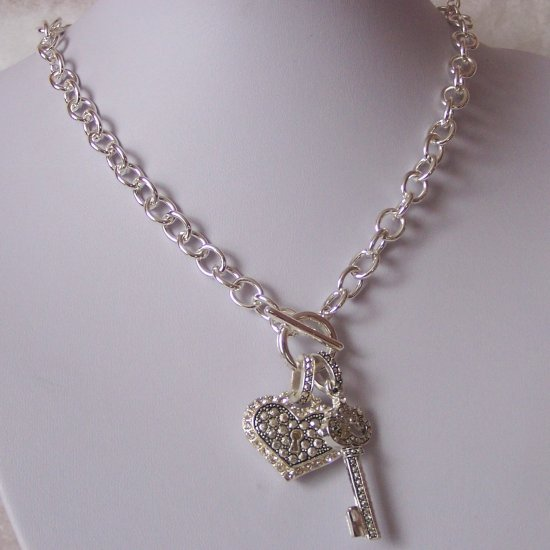 Valentines Day Heart Love Necklace Set