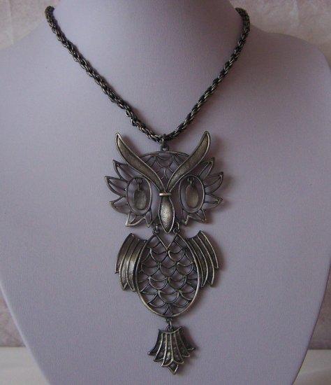 Chunky Burnished Antique Style Large Wise Owl Bird Necklace