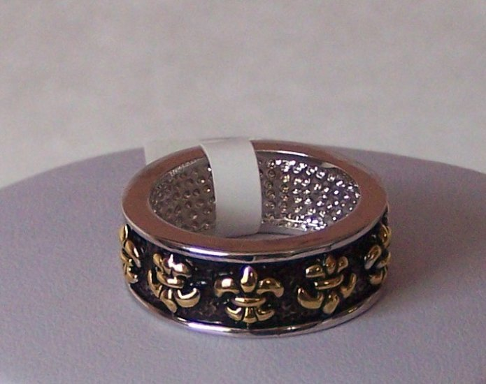 14k Gold and White Gold Rhodium Bonded Antique Fleur De Lis Eternity Ring in Silvertone Size 8