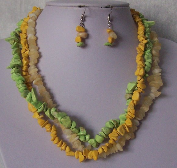 Green Beige Yellow Triple Strand Turquoise Semiprecious Semi Precious Western Necklace Set