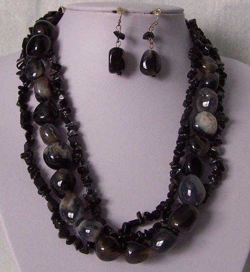Black Rock Triple Strand Turquoise Semiprecious Semi Precious Western Necklace Set
