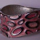 Pink Wavy Circle Oval Silver Tone Bangle Bracelet