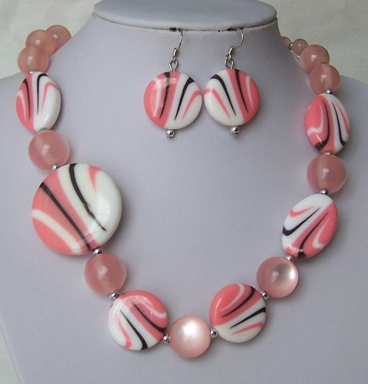Pink Black White Multicolor Cats Eye Circle Necklace Set