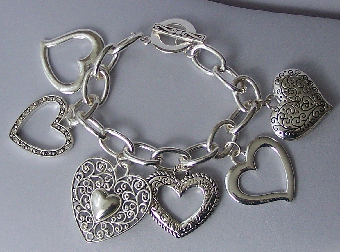 Chunky Filigree Open 3D Heart Love Valentines Day Charm Bracelet