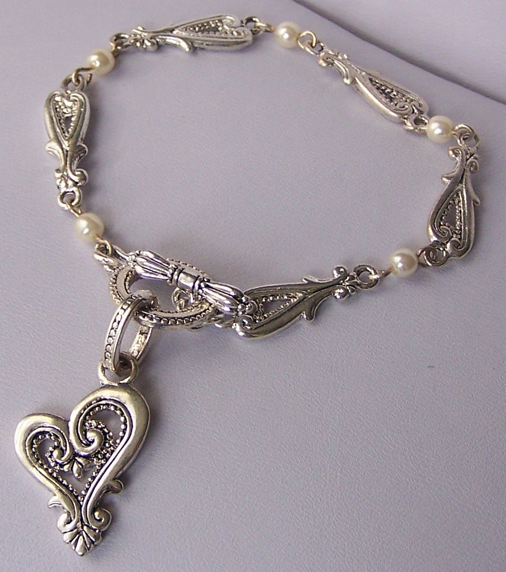 Open Pearl Bead Heart Love Valentines Day Charm Bracelet