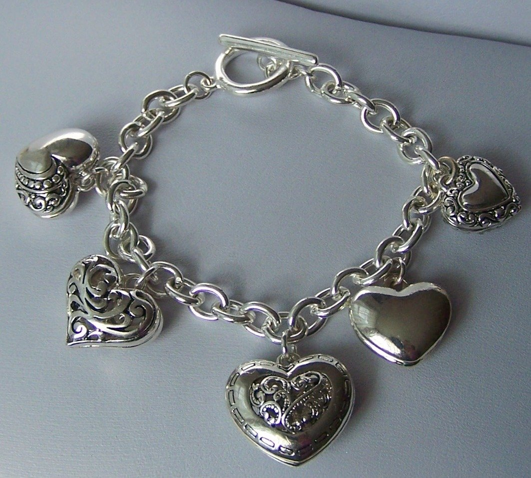 Puffy Silver Tone Key 3D Link Heart Love Valentines Day Charm Bracelet