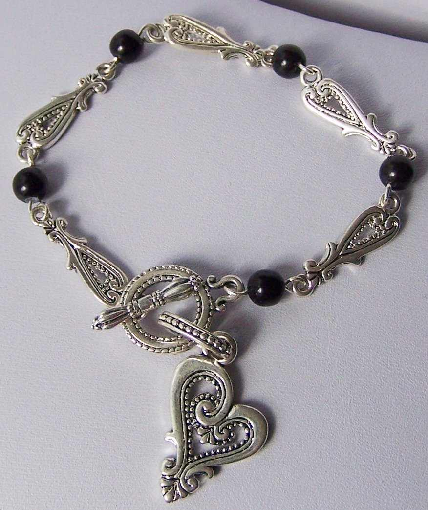 Open Black Heart Love Valentines Day Charm Bracelet