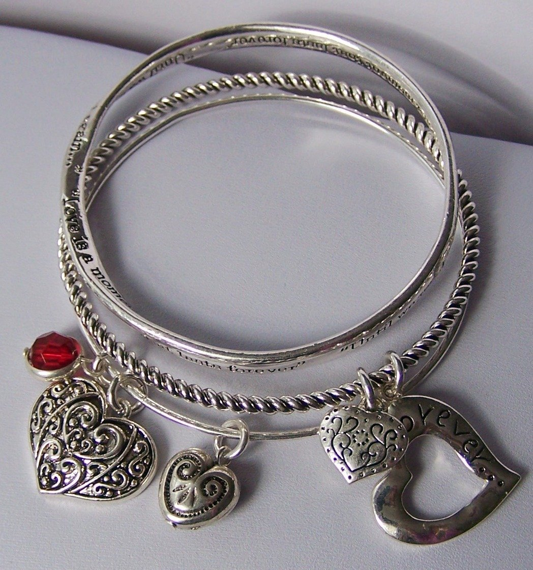 Love I A Moment That Lasts Forever Until We Meet Again Heart Valentines Day Charm Bracelet