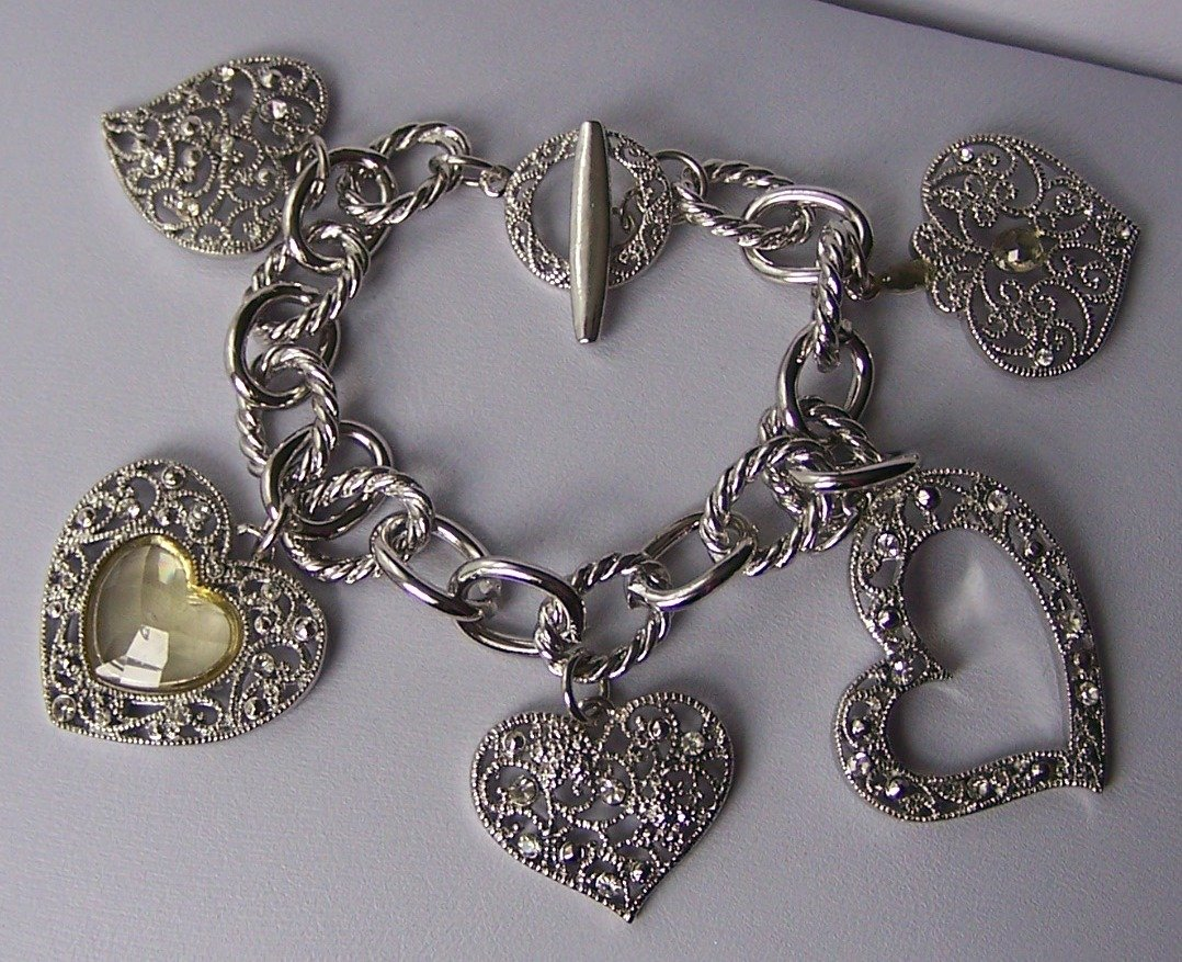 Textured Faceted Heart Love Valentines Day Charm Bracelet