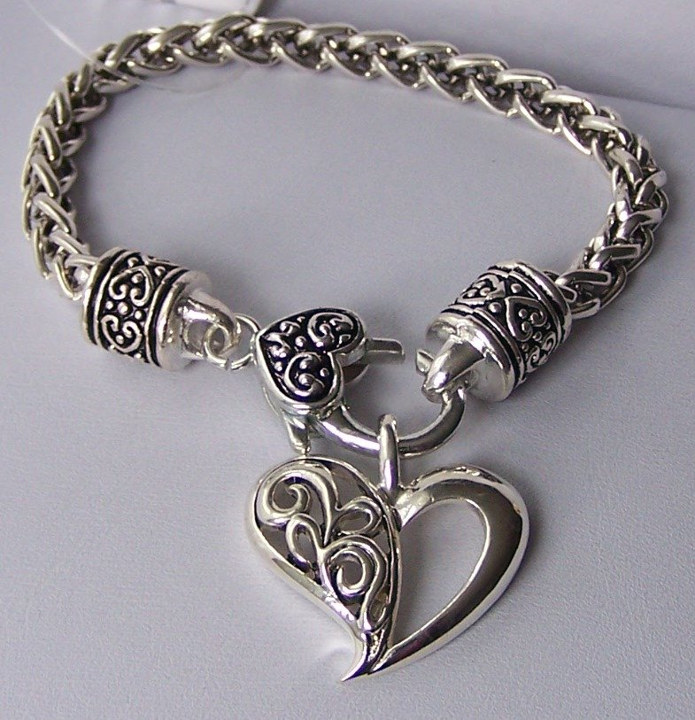 Filigree Braided Textured Charm Heart Love Valentines Day Bangle Bracelet