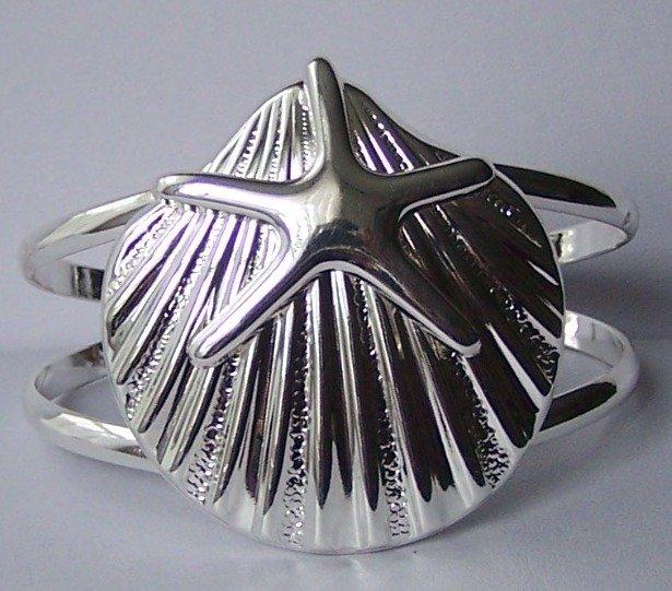 Seashell Starfish Star Fish Silver Tone Chunky Bangle Bracelet