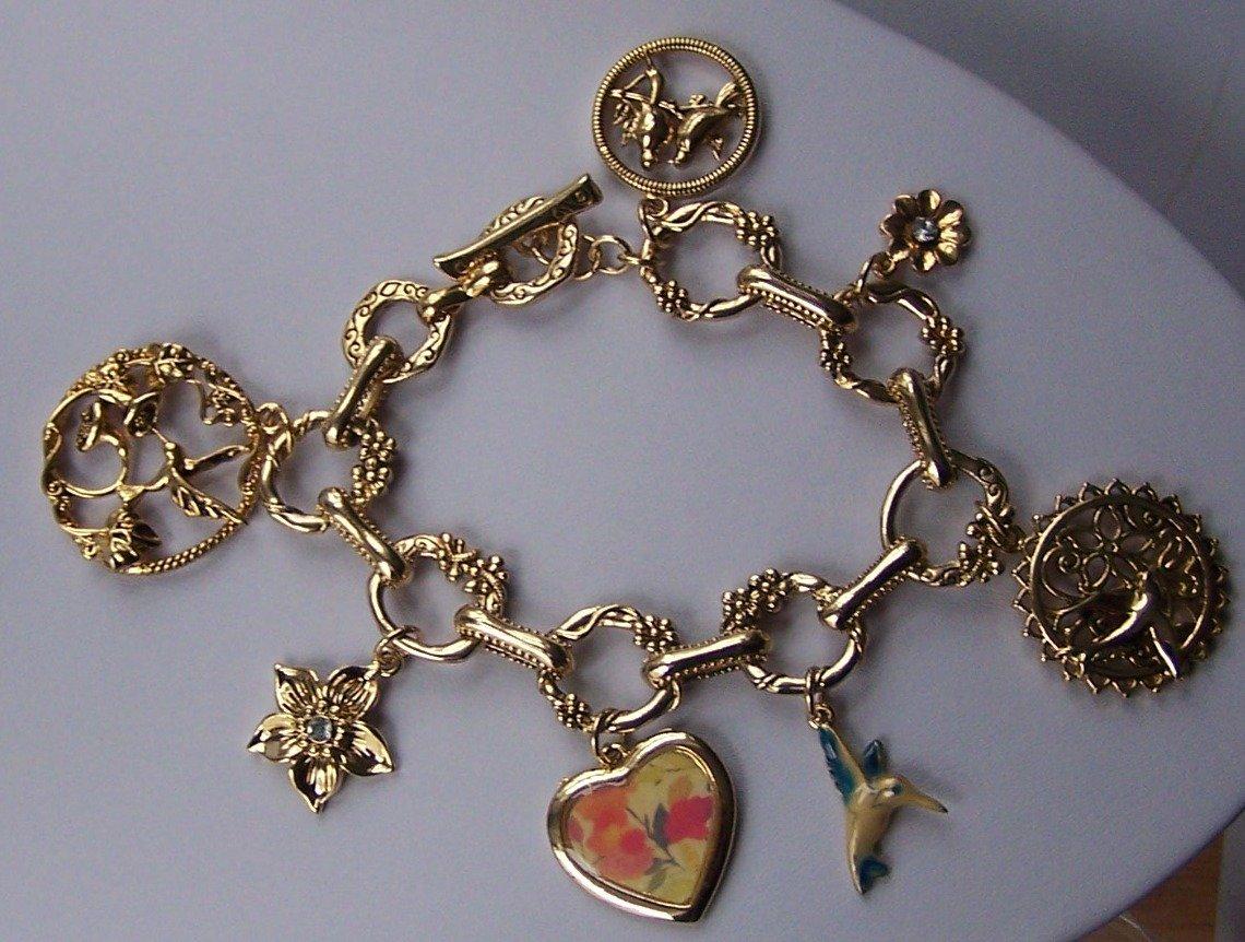 Spring Flower Gold Tone Heart Humming Bird Charm Bracelet