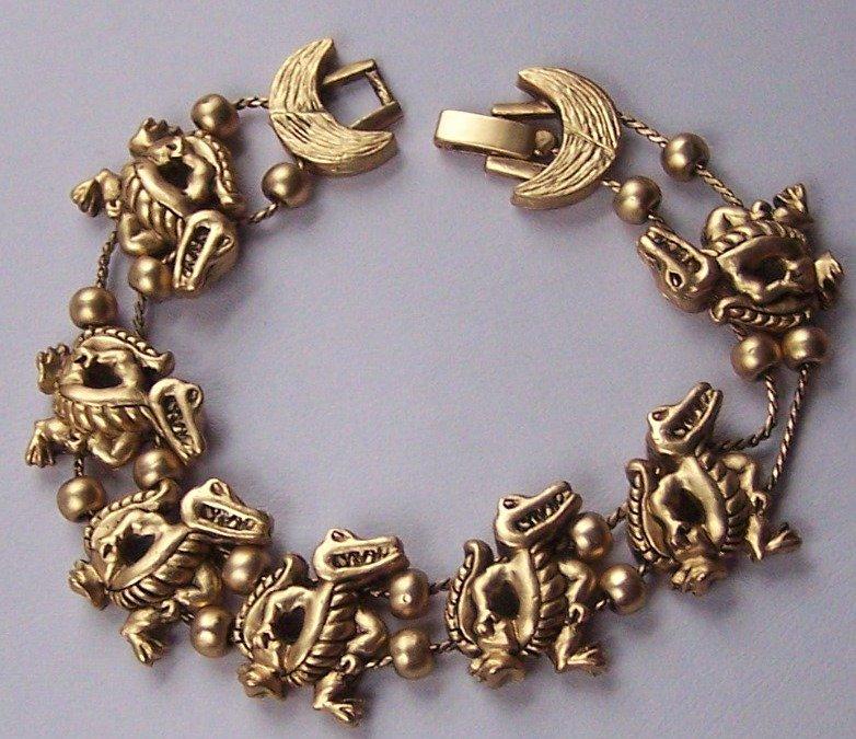 Gold Tone Alligator Crocodile Sliding Charm Bracelet