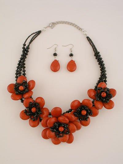 Red Black Flower Necklace Set