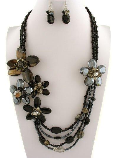 Black Glass Flower Necklace Set