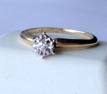 14K solid gold Starfire diamond ring   2.5mm  size 5.5  used