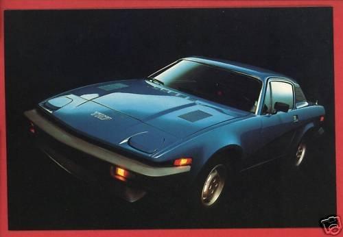 TRIUMPH TR7 1977  BRITISH LEYLAND SPORTS CAR POSTCARD