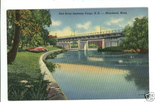 MOORHEAD MN MINNESOTA RED RIVER FARGO ND '43  POSTCARD