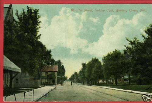 BOWLING GREEN OH OHIO WOOSTER ST LOOKING EAST  POSTCARD