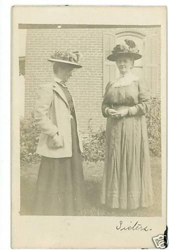 RPPC SISTERS  WOMEN IN LONG DRESSES LARGE HATS  RPPC