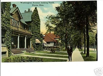 ELYRIA Ohio OH WASHINGTON HOUSES MAN IN HAT POSTCARD