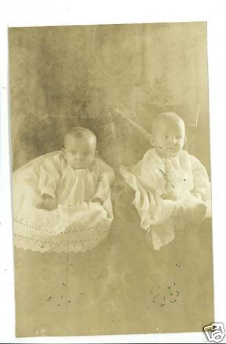 RPPC TWIN BABIES GIRLS TWIN RUTH RUBY FRENCH 1910 RPPC