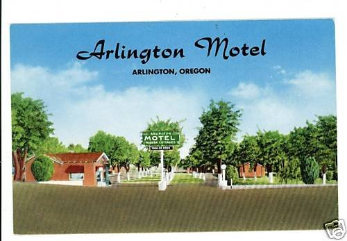 ARLINGTON OREGON McCLASKEY'S MOTEL TRAILER PRK POSTCARD