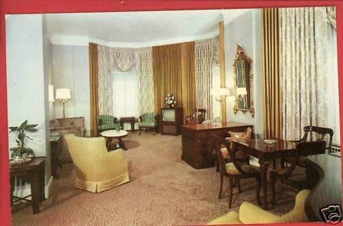 CHICAGO IL LIVING ROOM SUITE CONGRESS HOTEL TV POSTCARD