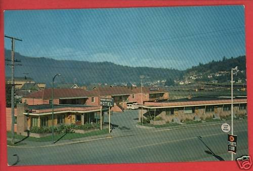 RAYMOND WA WASHINGTON MOUNTCASTLE MOTEL  POSTCARD