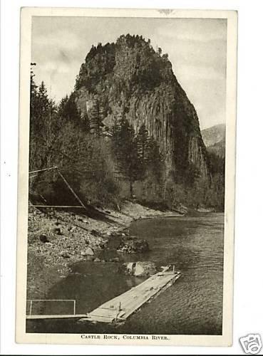 CASTLE ROCK COLUMBIA RIVER OREGON ? VINTAGE POSTCARD