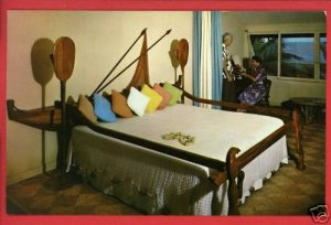 KAUAI HI HAWAII COCO PALMS HOTEL OUTRIGGER BED POSTCARD
