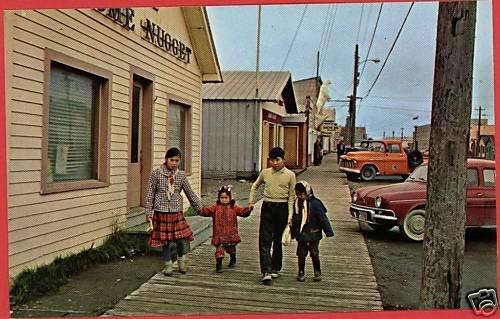 NOME ALASKA AK MAIN ST ESKIMO CHILDREN CARS  POSTCARD
