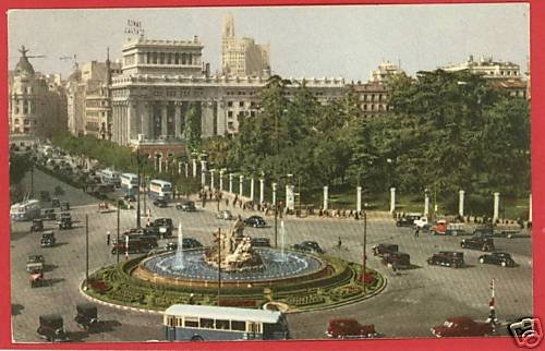 MADRID SPAIN CYBELE FOUNTAIN CARS BUS 1952  POSTCARD