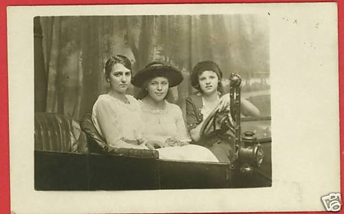 RPPC 3 YOUNG WOMEN GIRLS IN OLD CAR RP POSTCARD STAGED