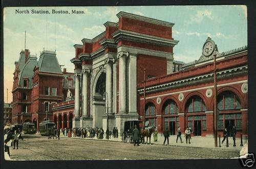 BOSTON MA MASSACHUSETTS NORTH STATION DEPOT RR POSTCARD