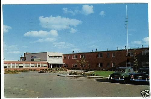 ALMA MI MICHIGAN GRATIOT  COMMUNITY  HOSPITAL POSTCARD
