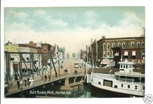 PORT HURON MI MICHIGAN HURON AVE BOAT BRIDGE POSTCARD
