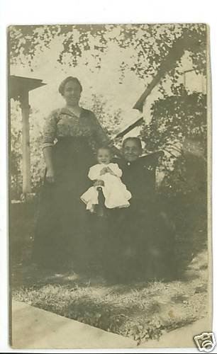 RPPC THREE GENERATIONS GRANDMOTHER MOTHER BABY POSTCARD