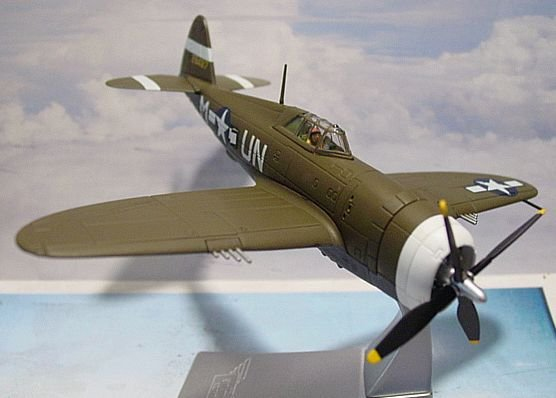 1:72 P-47D Capt Walker 'Bud' Mahurin Limited Edition