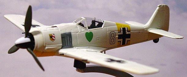 """Corgi """"Warbirds"""" WW2 1:72 Focke Wulf 190 A-4"""
