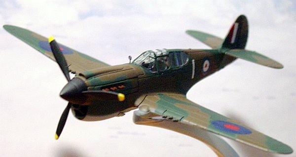 "Corgi ""Warbirds"" WW2 1:72 Curtiss P-40 Kittyhawk 1A"