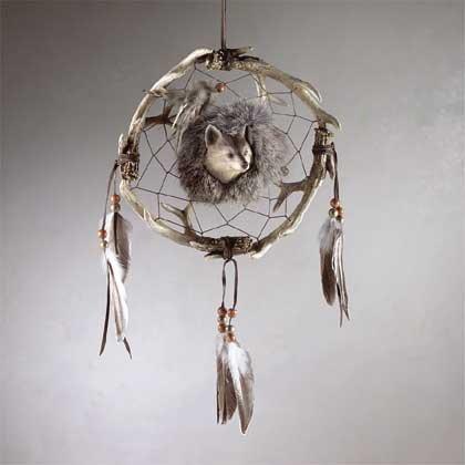 "Wolf Design Faux ""Medicine Wheel"""