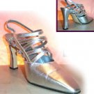 Retail $425 - YOUR PRICE $79.99 - 8.5M - Handmade Italian Silver Pumps by Comoedia