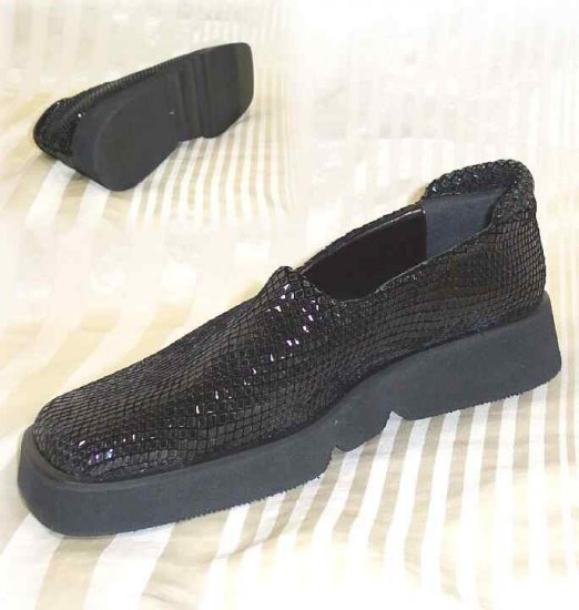 Black Stretch Comfort Shoes by Marinelli Spain - YOUR PRICE $11.99 - Retail $110 - 6.5 M