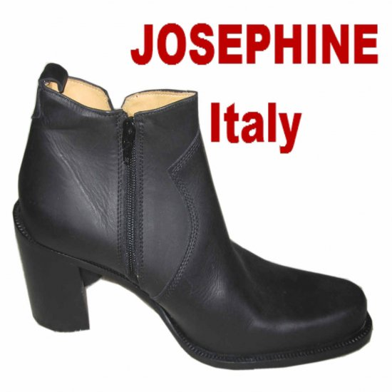 Italian Couture Ankle Boots MSRP $340 by Josephine - Black - sz 8