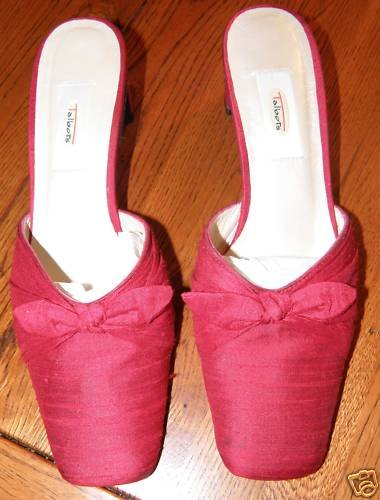 Ladies Talbot Red Shoes SZ 7 1/5 Leather
