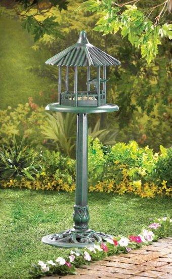 Verdigris Gazebo Standing Birdfeeder