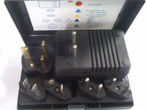 Worldwide Foreign Voltage Converter Travel Kit + 5 Plug